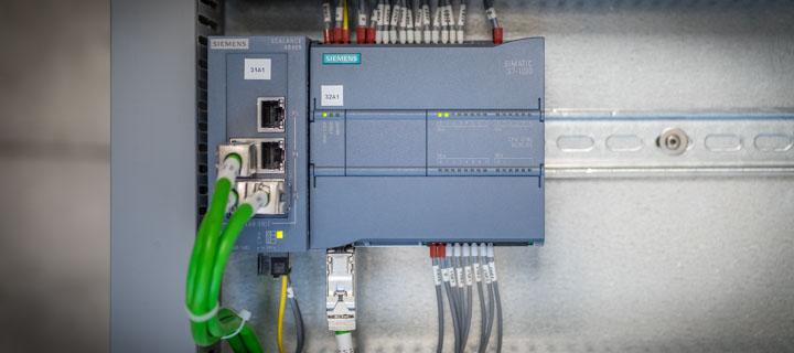 Schemi Elettrici Plc : Software house plc